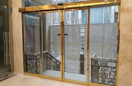 افزایش نور درونی با استفاده از درب اتوماتیک شیشه ای